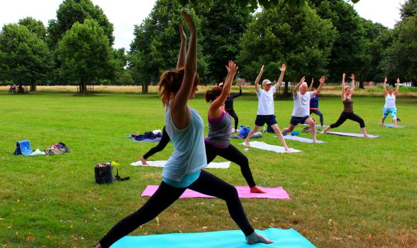 yoga in bushy park