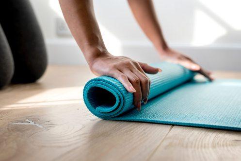 online yoga nora draganova